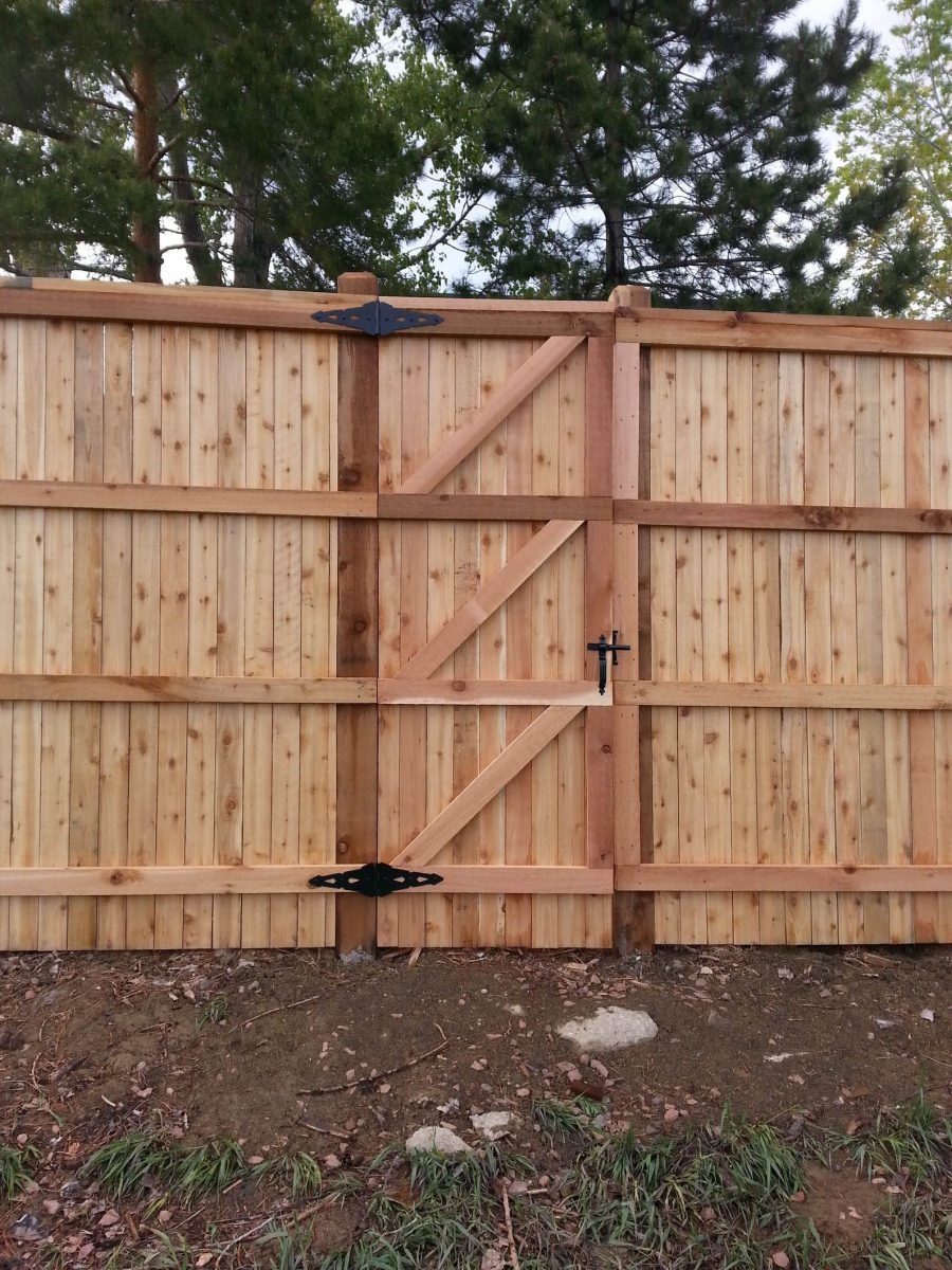 8' Tall Privacy Fence and Gate